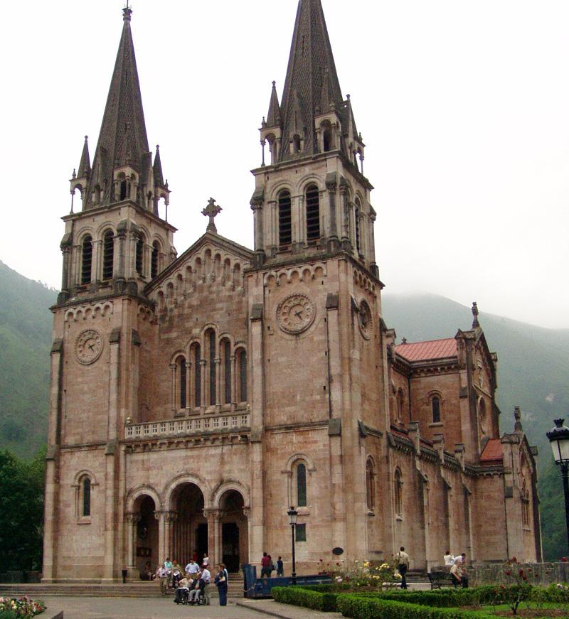 http://www.ciudaddegijon.org/fotos/basilica%20covadonga.jpg